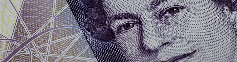 Lockdown hamuje GBP