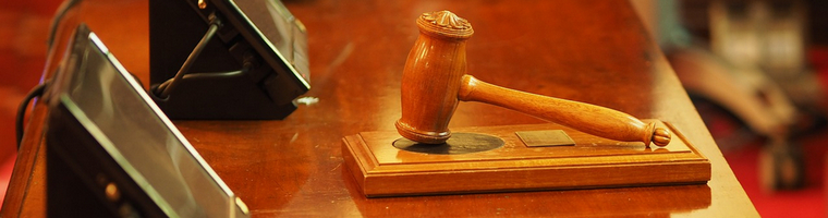 TSUE: ważność umowy kredytowej do oceny przez sąd krajowy