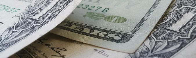 USD: osłabienie po danych z gospodarki